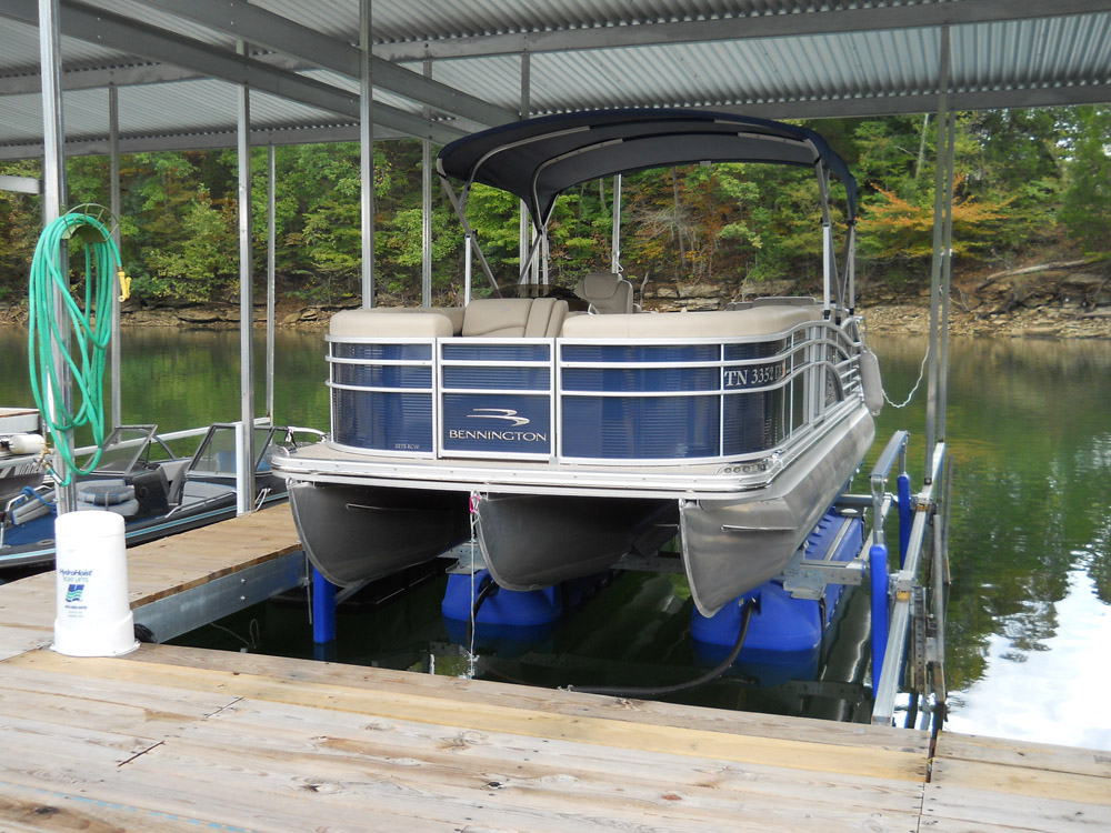 HydroHoist Boat Lift with Tritoon