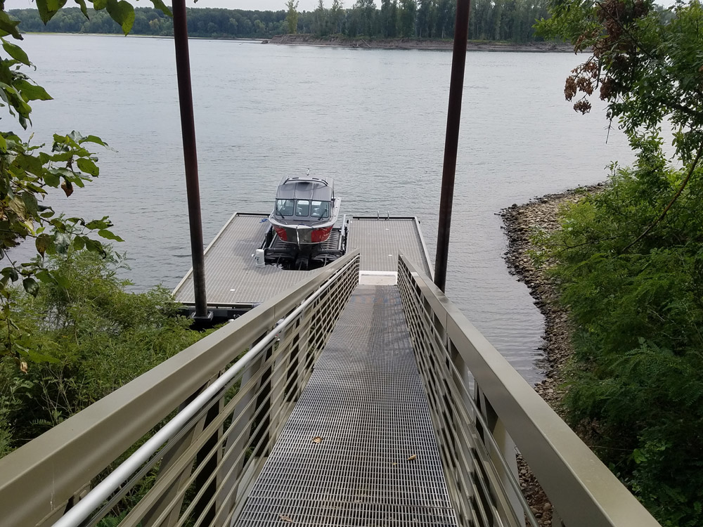 New Dock and gangway