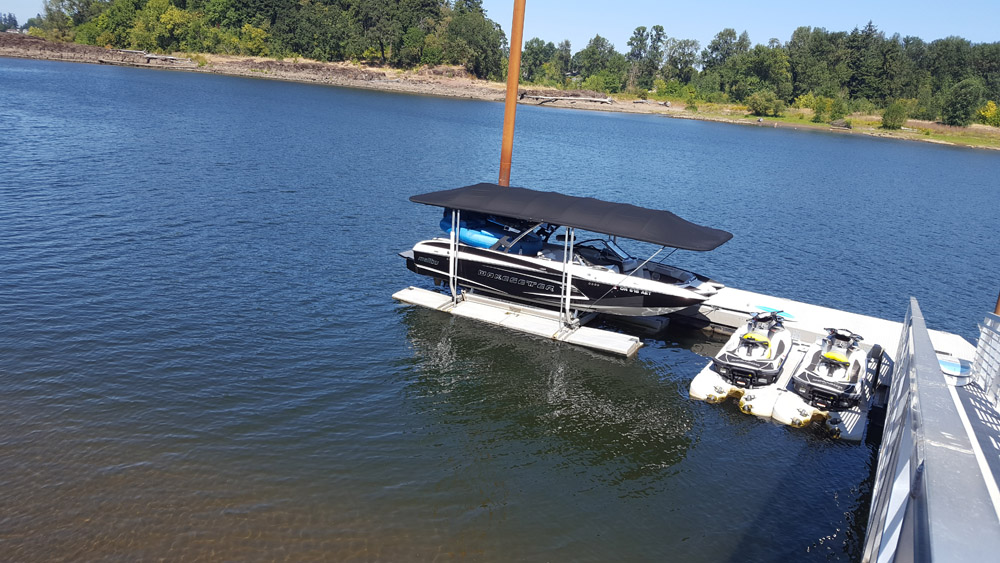 Sunstream Float Lift wBlack Hover Cover & Ez Dock