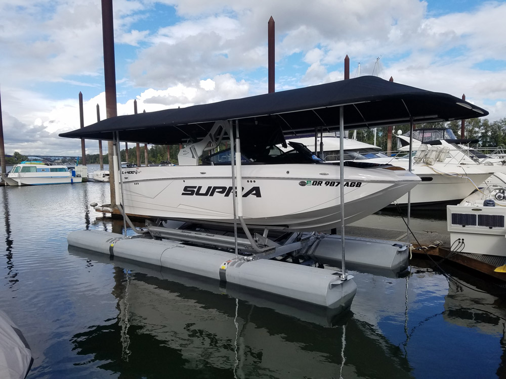Sunstream Boat Lift with Supra boat